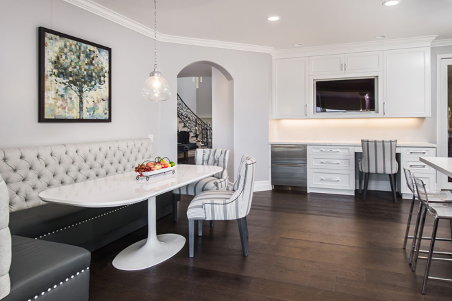 Calabasas Kitchen Corner by Eve Mode Design
