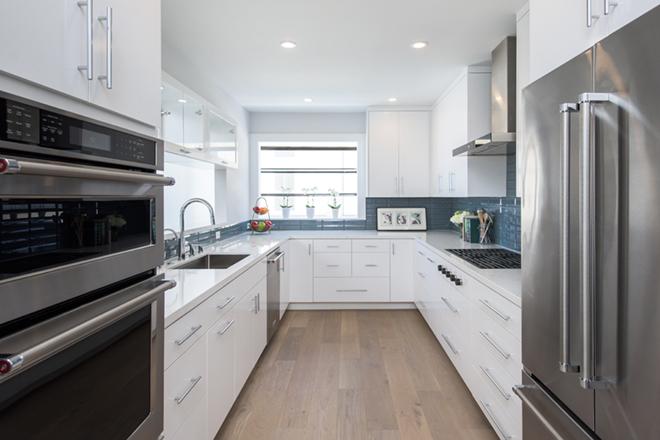 EveModeDesign-California Beach House -Kitchen