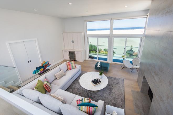 EveModeDesign-California Beach House – Living Room3