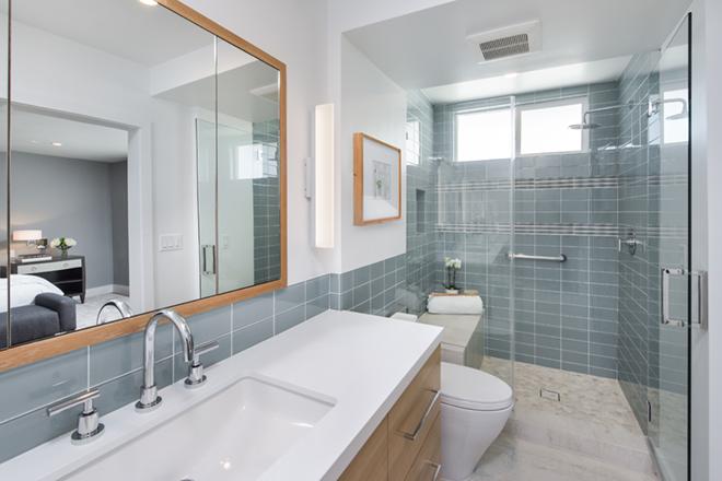 EveModeDesign-California Beach House -Master Bathroom